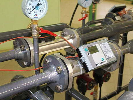 Поверка счетчиков тепла (на поверочном стенде в лаборатории)