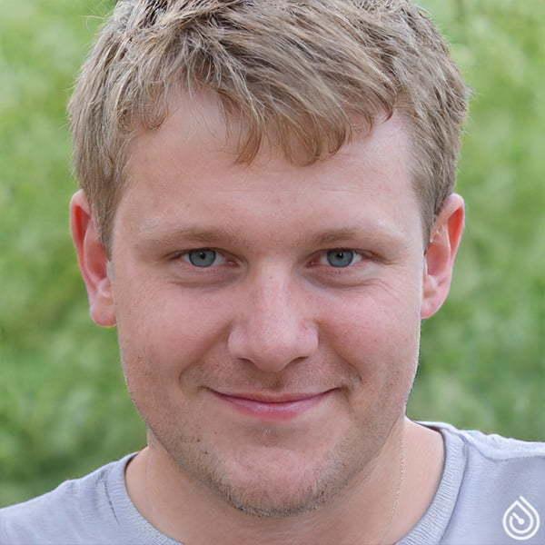 Дмитрий Шаповал
